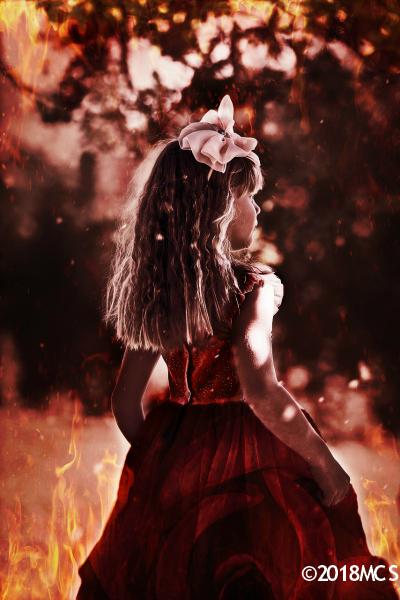 Red Queen Regalinda - The Little Girl Inside legal c